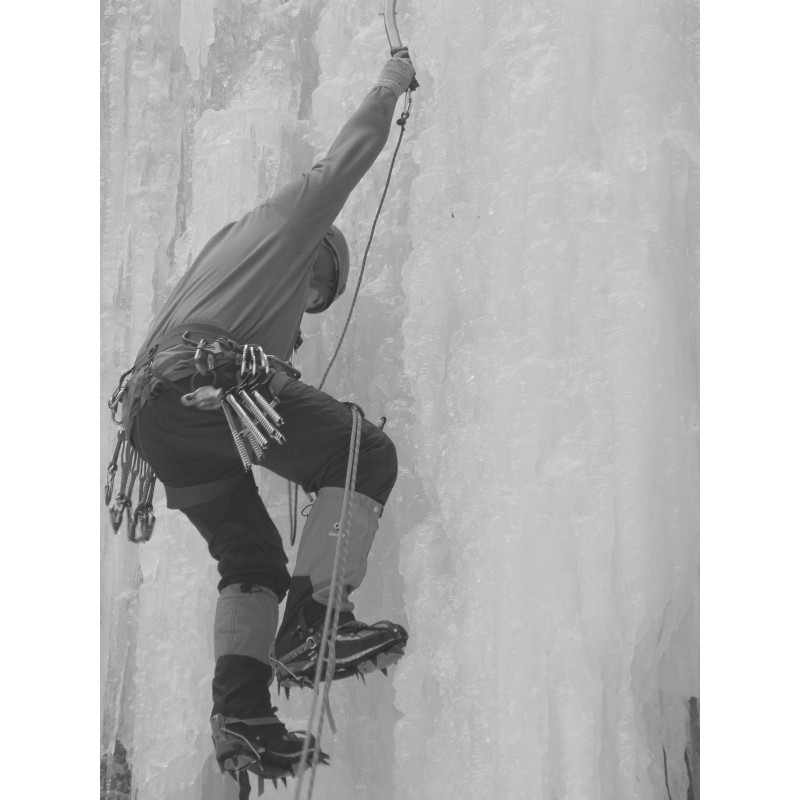 Bild 2 von David zu Patagonia - R1 Hoody - Fleecepullover