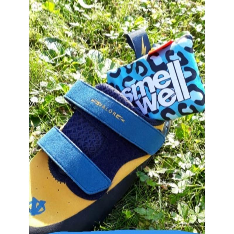 Bild 1 von David zu SmellWell - Schuherfrischer - Schuhpflege